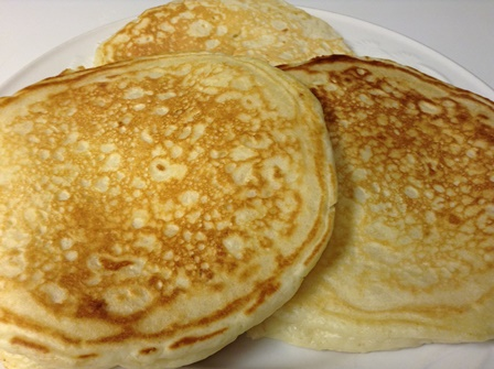 Photo credit: http://scratchthiswithsandy.com/wp-content/uploads/2014/02/buttermilk-pancakes-010.jpg